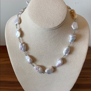 Salt water pearl necklace